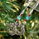Green and Red Czech Glass w Wreaths